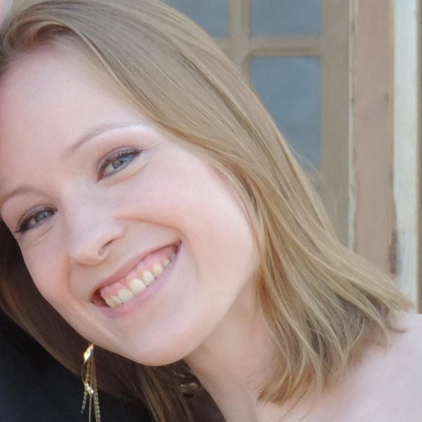 Profile Pic – Elisabeth Hocke